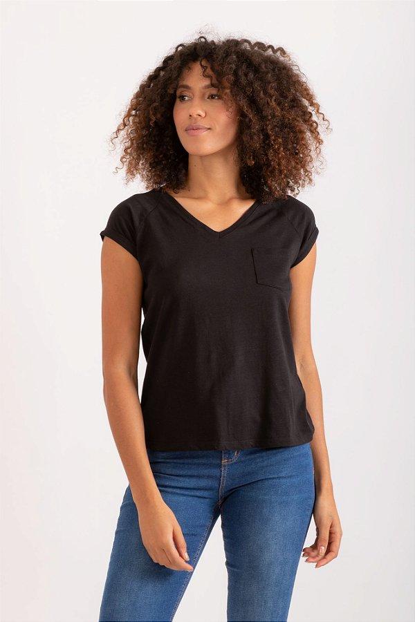 Camiseta Pochê preto