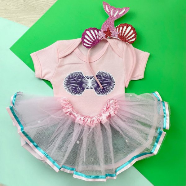 Kit Body Bebê Luxo Tule Ariel Pequena Sereia com Tiara Conchas