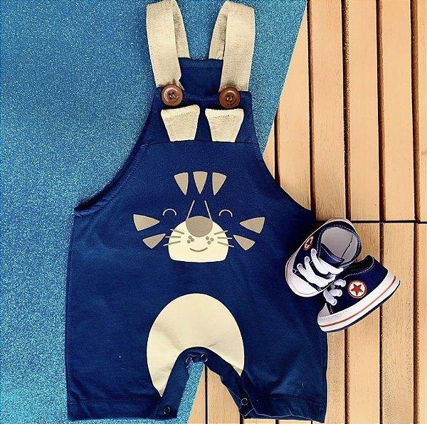 Kit Jardineira Bebê Bichos Tigre e Tênis Azul Marinho