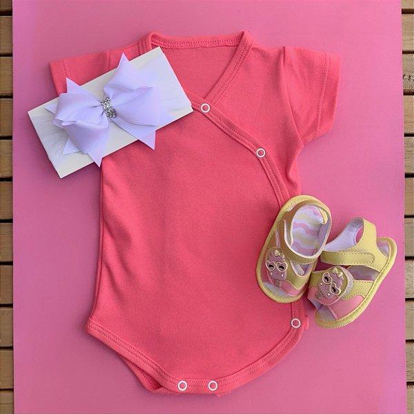 Kit Body Kimono Bebê Rosa com Faixa de Cabelo e Sandália
