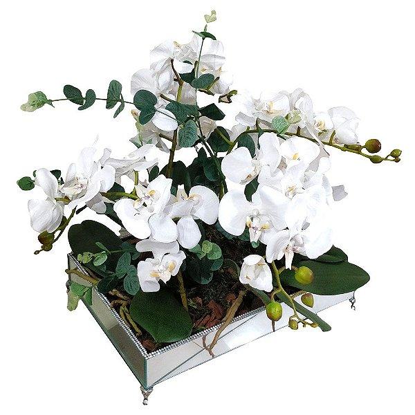 Arranjo orquidea brancas bandeja espelhada strass 25 x 35