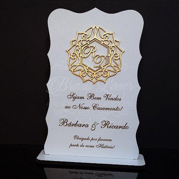 Placa de Boas Vindas com Brasão e Personalizadas com as Iniciais que o Cliente Desejar