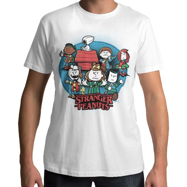 Camiseta Snoopy - Stranger Peanuts