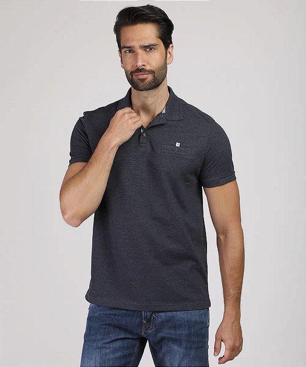 Polo masculina comfort com bolso manga curta cinza mescla escuro