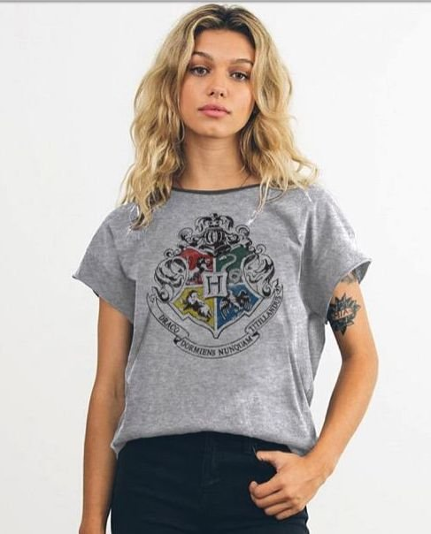 Camiseta Feminina Hogwarts