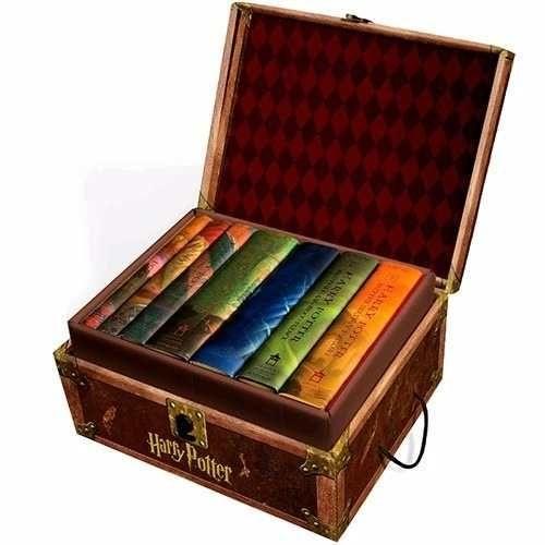 Harry Potter Boxed Set (Books 1-7) - Caixa-baú (em Inglês)