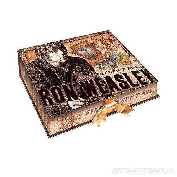 Linda Caixa Decorada e com artefatos de Rony Weasley (item usado em exposição particular de colecionador)