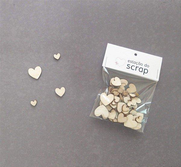 Aplique Madeirinha (Corações) - Estação do Scrap