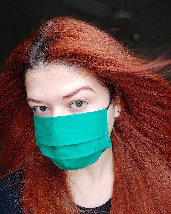 Máscara de tecido verde bandeira