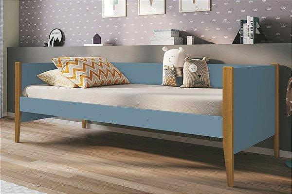 Cama Noah Azul com pés em madeira - Reller