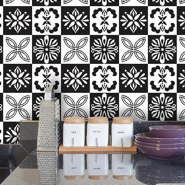 Adesivo de Azulejo Hidráulico Branco e Preto