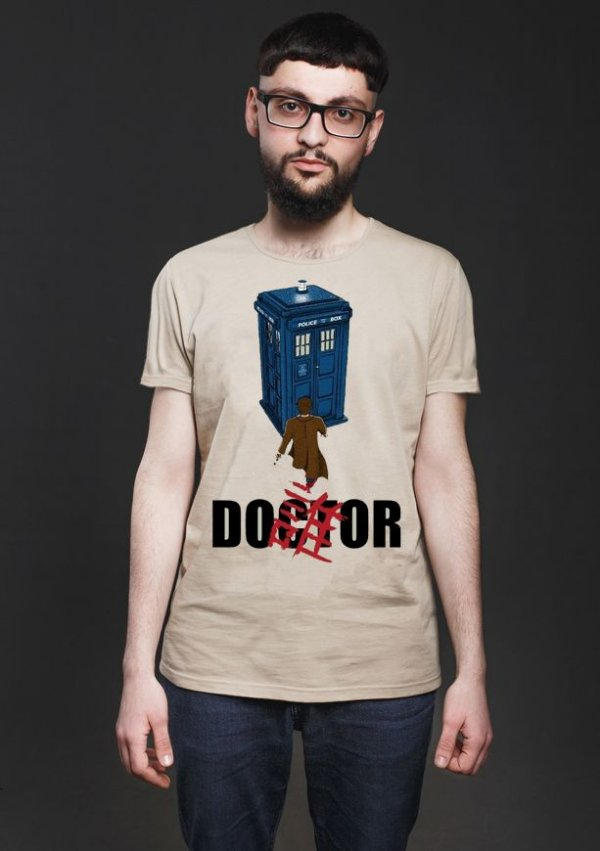 Camiseta Masculina  Doctor Who Police Box 2 - Nerd e Geek - Presentes Criativos