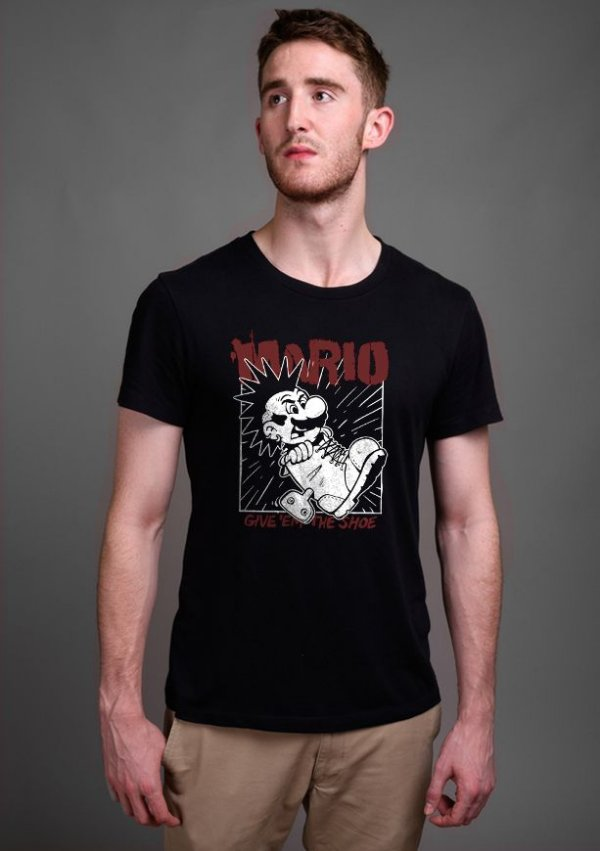 Camiseta Masculina Mario Punk