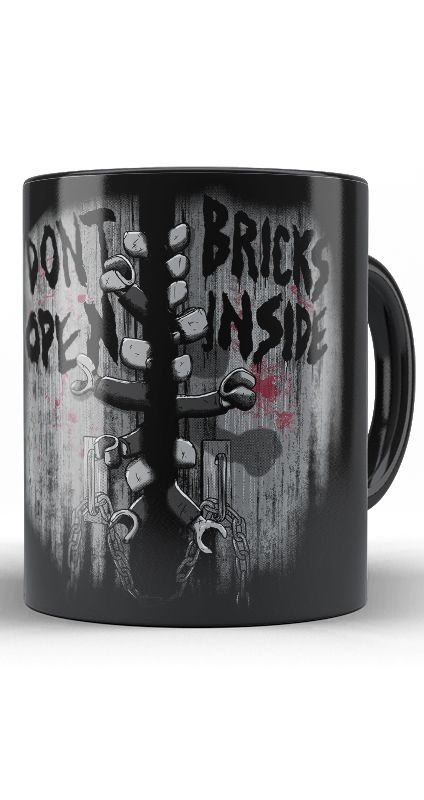 Caneca Dont Open Bricks Inside