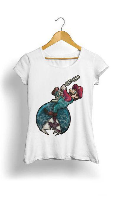 Camiseta Feminina Tropicalli Mario crazy