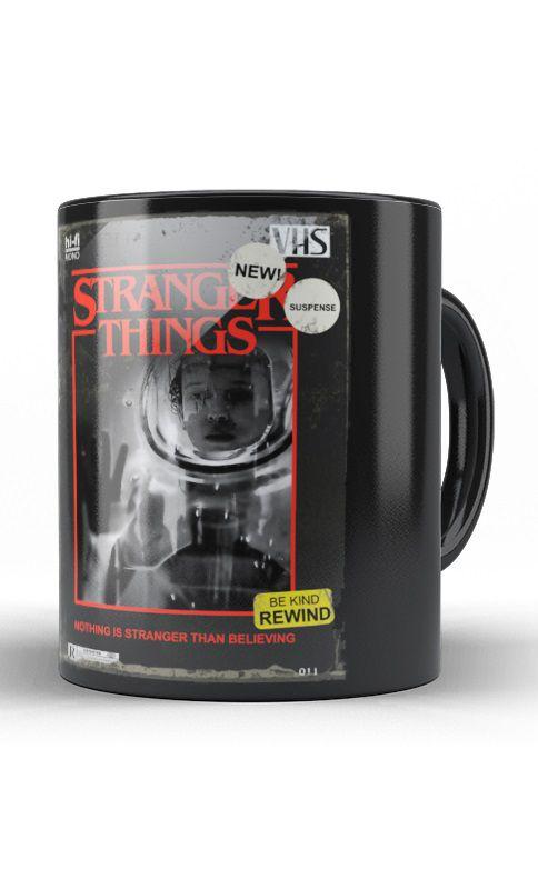 Caneca Stranger Things
