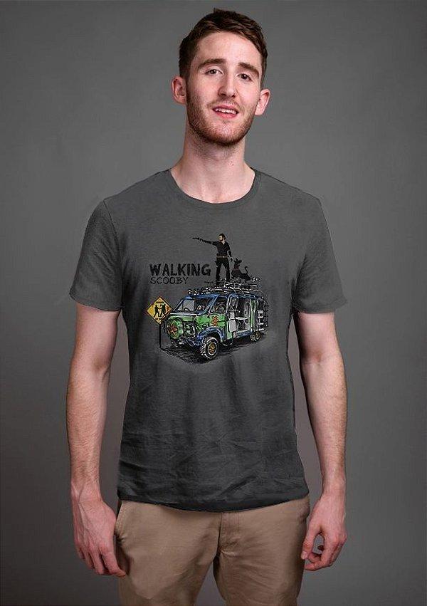 Camiseta Masculina  Walking Scooby - Nerd e Geek - Presentes Criativos