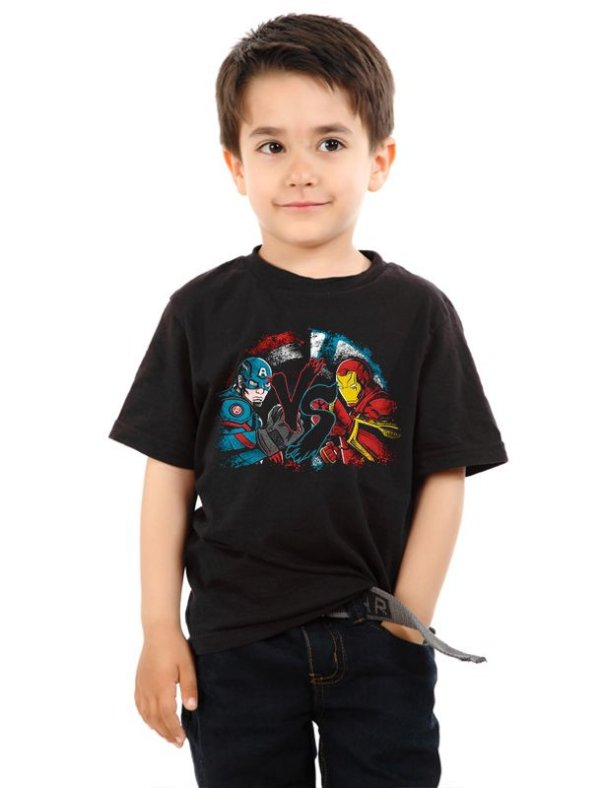 Camiseta Infantil Homem de Ferro Vs Capitão America