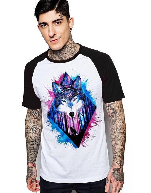 Camiseta Raglan King33 Wolf Forest - Nerd e Geek - Presentes Criativos