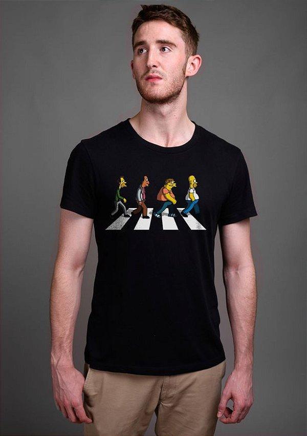 Camiseta Masculina  Simpsons Beatles - Nerd e Geek - Presentes Criativos