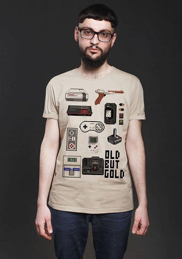 Camiseta Masculina  Old But Gold - Nerd e Geek - Presentes Criativos