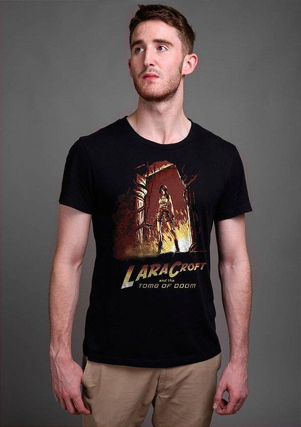 Camiseta Masculina Tomb Of Doom - Nerd e Geek - Presentes Criativos