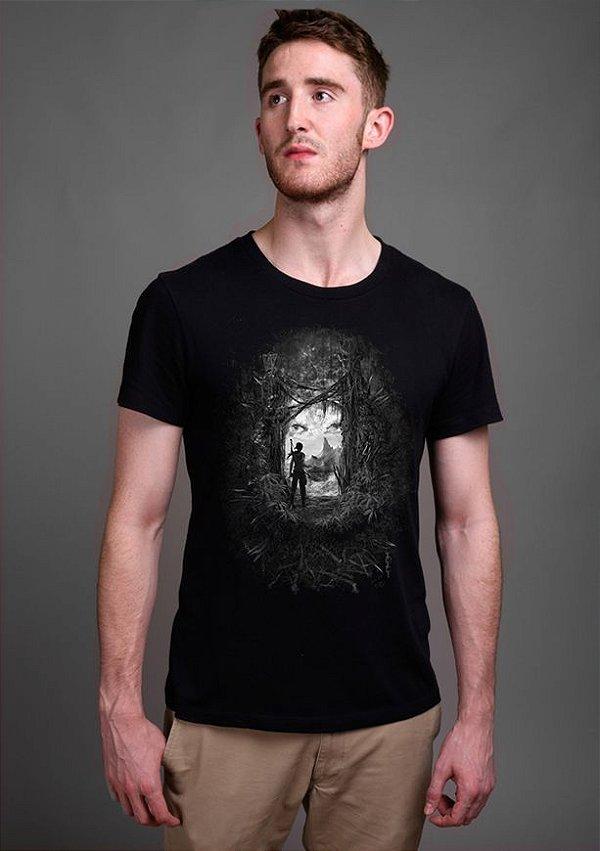 Camiseta Masculina  Tomb Reborn - Nerd e Geek - Presentes Criativos