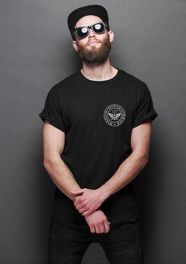 Camiseta Masculina  Bolso Zelda Triforce - Nerd e Geek - Presentes Criativos