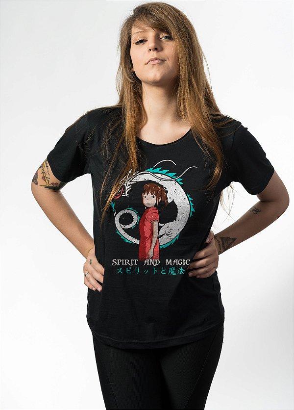 Camiseta Spirit And Magic - Nerd e Geek - Presentes Criativos