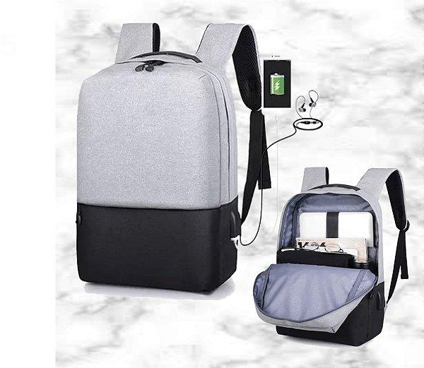 Mochila p/Notebook 15,6 - Saída USB para recarregar o Celular - Impermeável -
