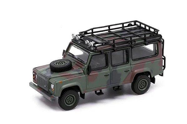 Land Rover Defender 110 camuflagem - 1:64 - Mini GT
