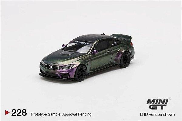 BMW M4 Liberty Walk camaleão - 1:64 - Mini GT