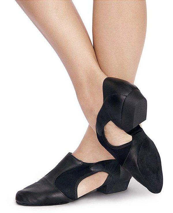Sapato em Couro com Recortes em Neoprene Capezio