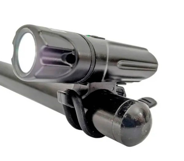 Farol Recarregável 1500 Lumens WS-8209