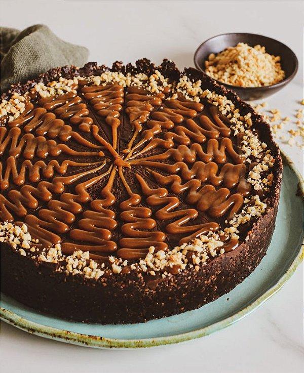Torta Caramelo de Amendoim - vegano, sem glúten, sem lácteos
