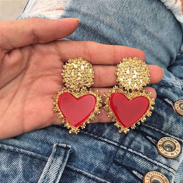 Brinco dourado coração granulado