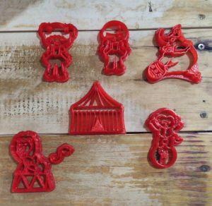 Kit Cortador 3D Circo 5 cm (Tenda, palhaça 1 e 2 , elefante, macaco)