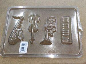 Forminha Simples Instrumentos Musicais (Violino, Teclado, Saxofone e Trompete)