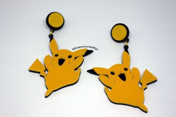 Brinco Pikachu