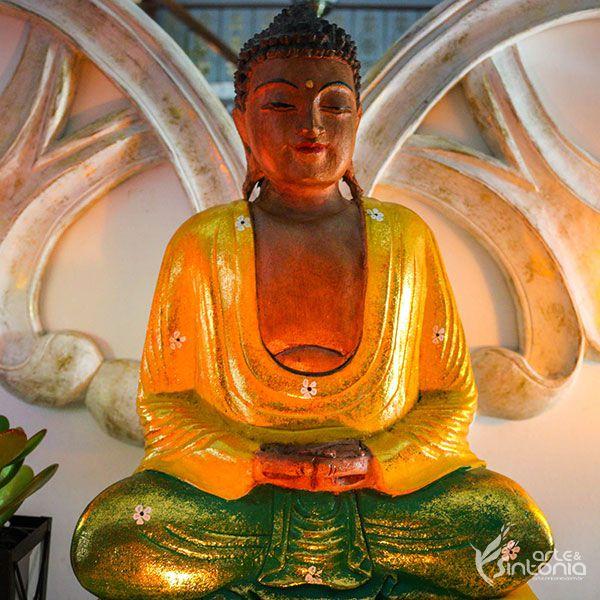 Buda Sentado Colorido em Madeira