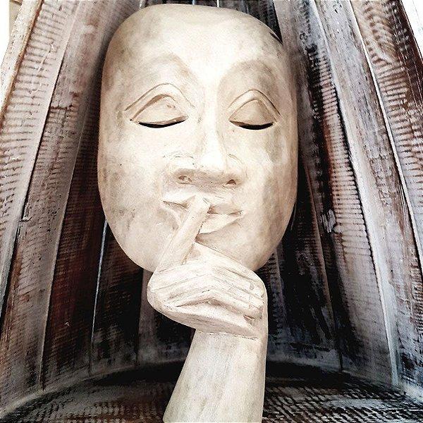 "Máscara Decorativa Teatral ""O Silêncio"" - Bali"
