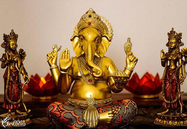 Estátua Hindu Ganesh Dourado