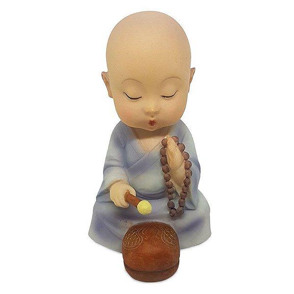 Monge Budista Tocando Tambor