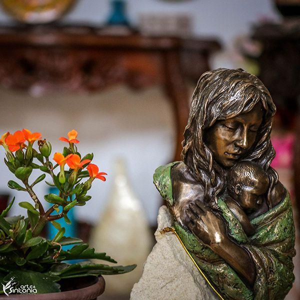 Escultura Maternidade Bronze e Pedra