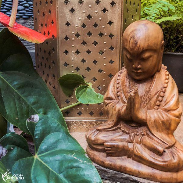 Escultura Monge em Madeira 20cm | Bali