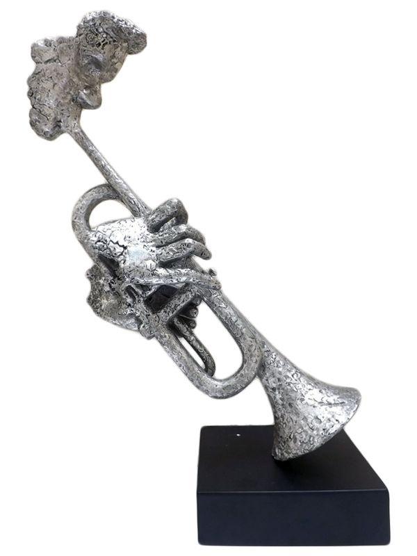 """Escultura Abstrata em Resina """"Músico c/ Trombone"""" 60x40cm"""