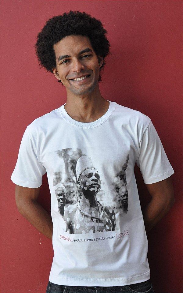 Camiseta Básica ÒrÌsànlá