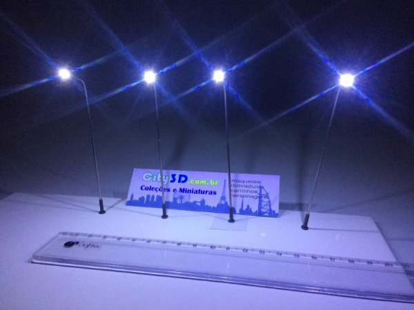 Postes de   Led 3volts  - Haste Metal