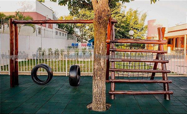 Playground ecológico modelo Ranger / Colégio Salesiano