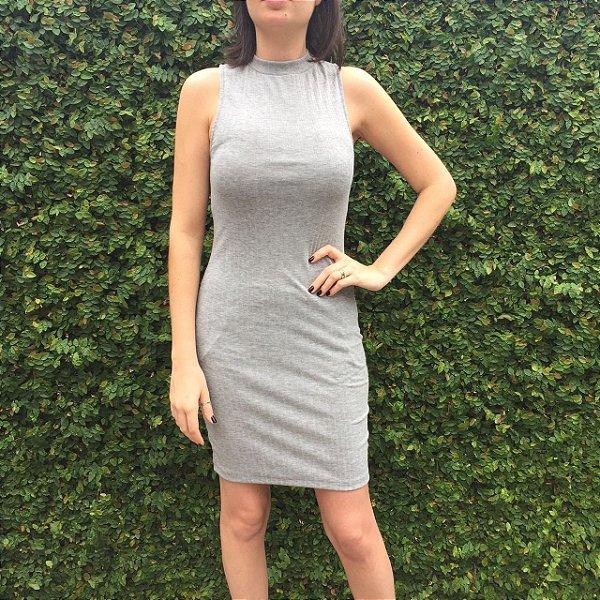vestido básico cinza | coleteria